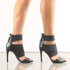 EUC {GUESS} Cayen Metallic Cut-Out Heeled Sandals